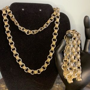 Lia Sophia Chain Linked Necklace & Bracelet Combo